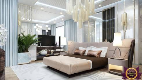 Interiors ideas for large bedroom of Katrina Antonovich: modern Bedroom by Luxury Antonovich Design