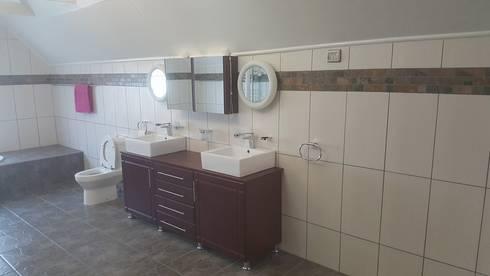 Bathroom rebuild:   by BAC PAINTERS AND RENOVATORS