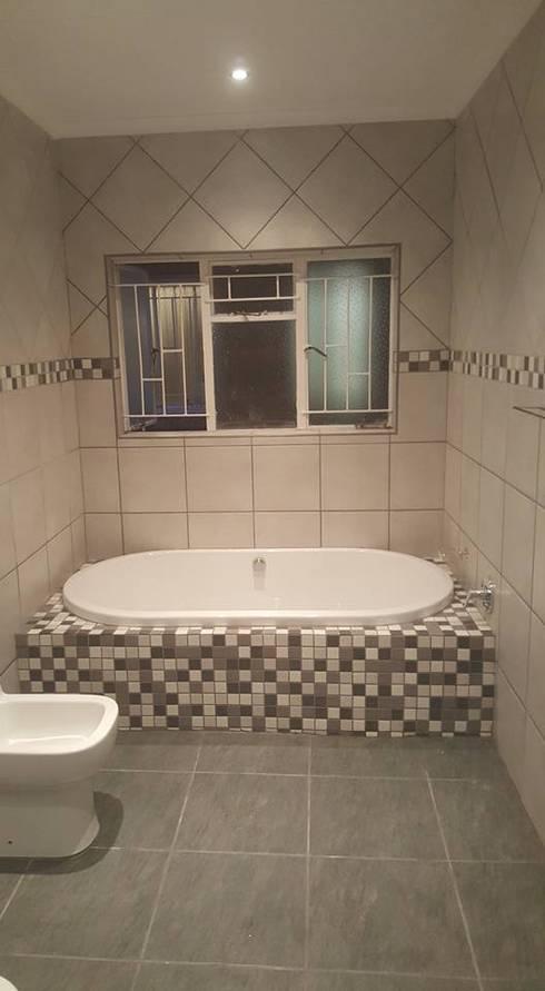 Bathroom renovations:   by BAC PAINTERS AND RENOVATORS