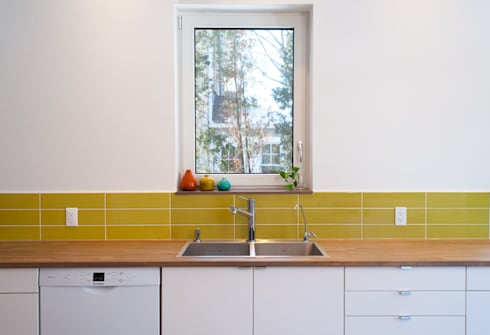 minimalistic Kitchen by Solares Architecture