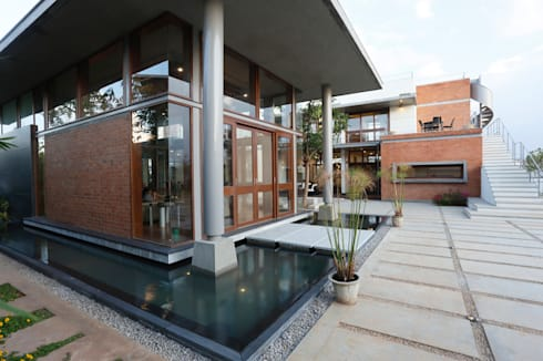 asian Houses by STUDIO MOTLEY