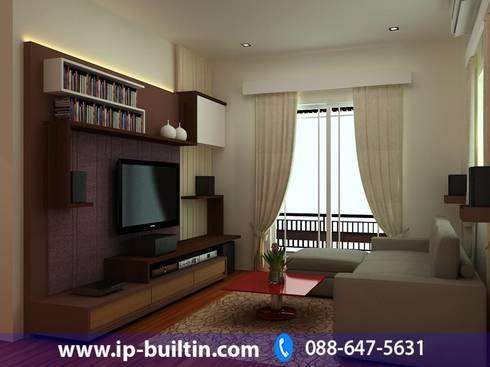 ตกแต่งภายใน  บ้าน มัณฑณา ห้องนั่งเล่น:   by IP BUILT IN