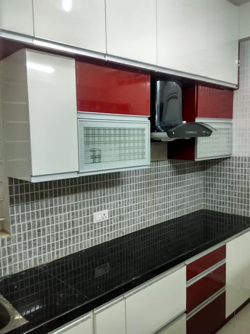 A 3 BHK Flat :  Kitchen by Exinfra Projects