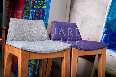 Silla Versiliana, telas y muchos colores. : Hogar de estilo  por SquareTop Design