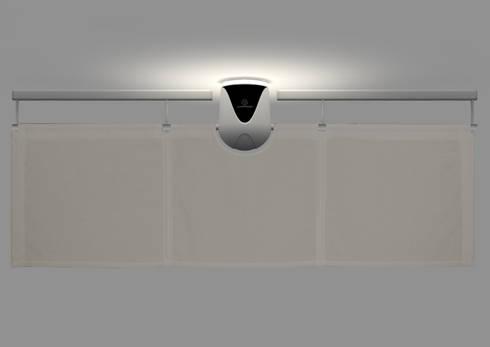 The Sensu Punkah - Optionale LED Ambienteleuchte: moderne Wohnzimmer von Oliver Kessler Design GmbH