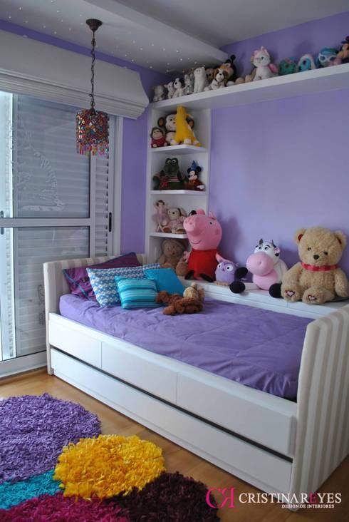 غرفة نوم بنات تنفيذ Cristina Reyes Design de Interiores