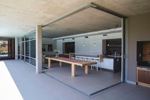House Swart (Cameron Court Unit 1): modern Kitchen by Swart & Associates Architects