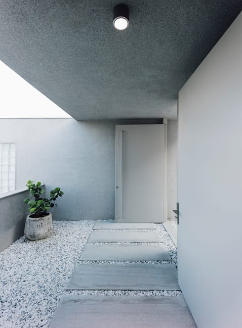 陽明山鄭宅   House C:  房子 by  何侯設計   Ho + Hou Studio Architects