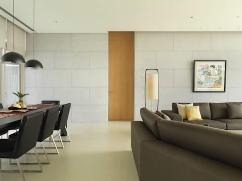 莊宅  House C, Taipei:  客廳 by  何侯設計   Ho + Hou Studio Architects