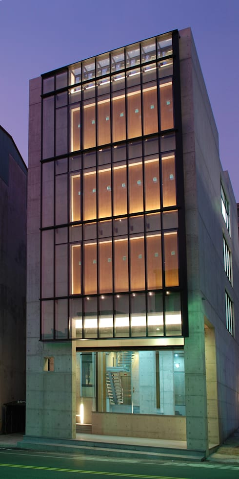 東道築:   by 禾象聯合建築師事務所/禾象國際規劃設計有限公司  HO & W ARCHITECTS & ASSOCIATES