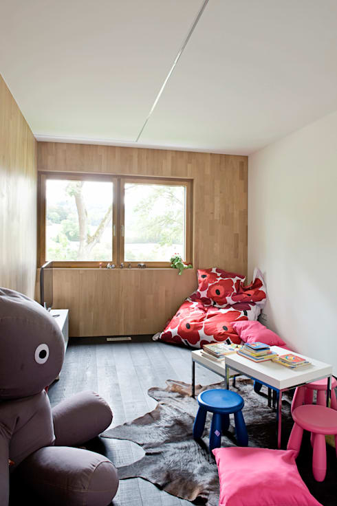 modern Nursery/kid's room by massive passive