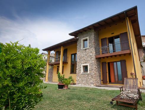 Villa in legno di casaattiva homify for Piani di casa in stile west indian