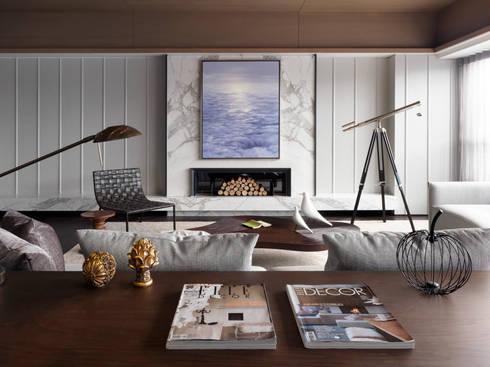 海洋都心3:  客廳 by 大觀室內設計工程有限公司