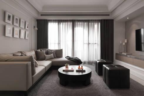 台北許宅:  客廳 by 大觀室內設計工程有限公司