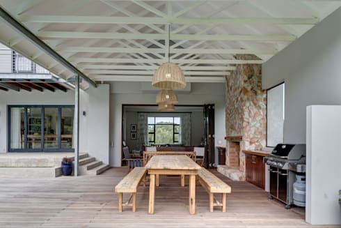 House Serfontein: rustic Pool by Muse Architects