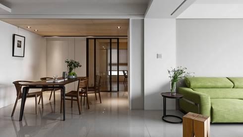 餐廳與書房:  餐廳 by 共禾築研設計有限公司