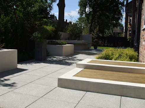 Stylish Contemporary in Didsbury: modern Garden by Charlesworth Design