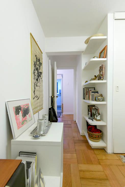 Remodelación Departamento Los Estanques: Dormitorios de estilo moderno por Grupo E Arquitectura y construcción