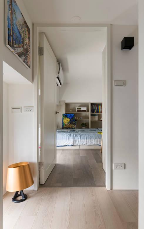 秘密:  臥室 by 耀昀創意設計有限公司/Alfonso Ideas