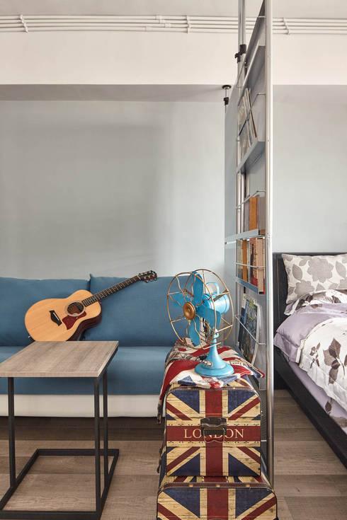 休憩 chill-out:  客廳 by 耀昀創意設計有限公司/Alfonso Ideas