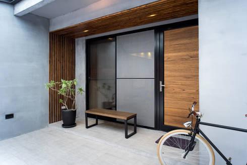 門面:  房子 by UNIQUE DESIGN優尼客空間設計
