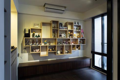 多功能房:  書房/辦公室 by UNIQUE DESIGN優尼客空間設計