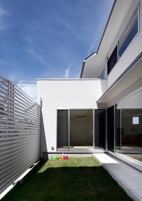 中庭: atelier mが手掛けた庭です。