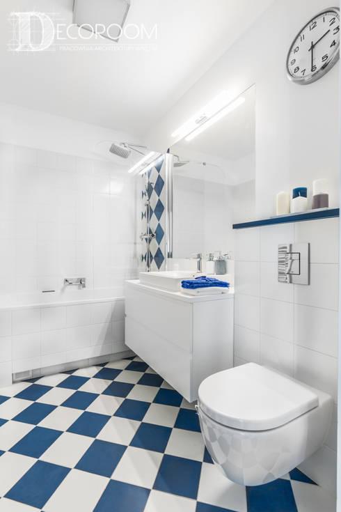 Mieszkanie z hiszpańską duszą : styl , w kategorii Łazienka zaprojektowany przez Decoroom