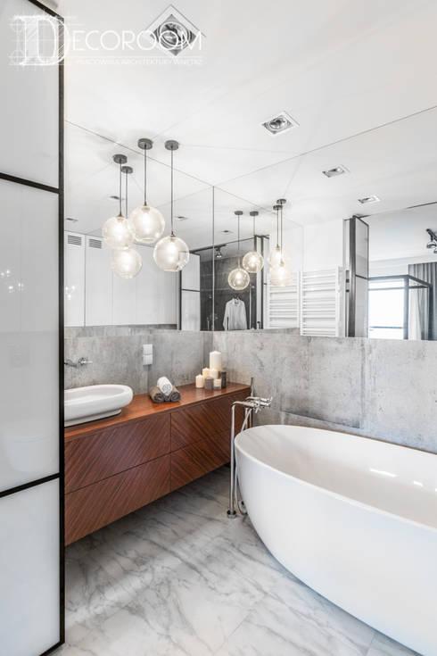Baños de estilo industrial por Decoroom