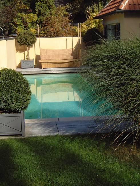 Piscinas de estilo moderno por Architektur Landschaft Garten
