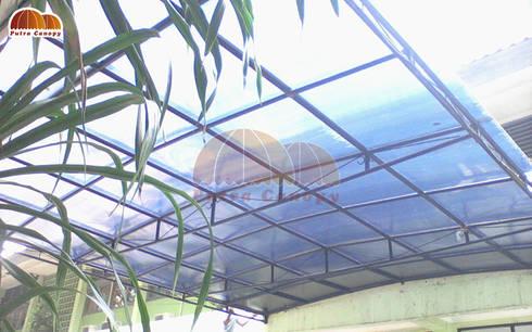 Canopy Polycarbonate Transaparan:  Balconies, verandas & terraces  by Putra Canopy