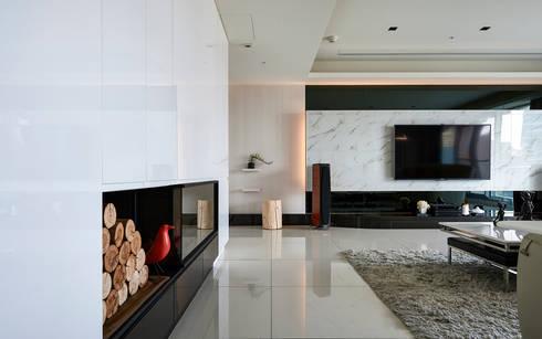 太極 Yin Yang:  客廳 by Glocal Architecture Office (G.A.O) 吳宗憲建築師事務所/安藤國際室內裝修工程有限公司