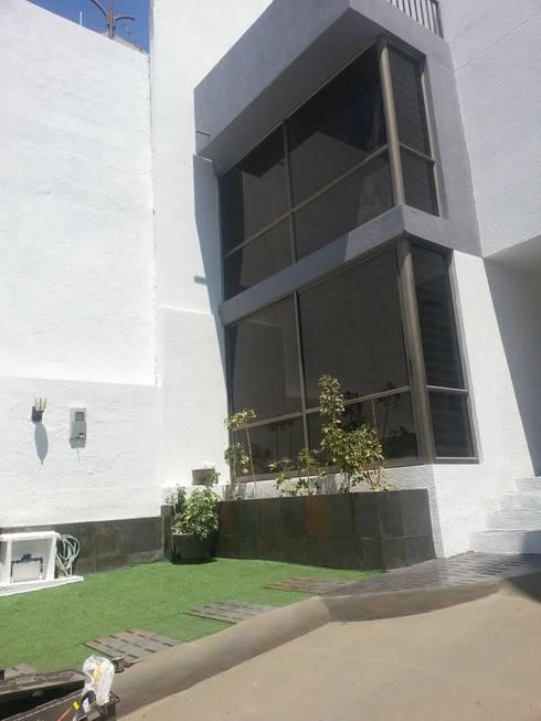 VISTA INTERIOR DE FACHADA:  de estilo  por Mettox construcciones