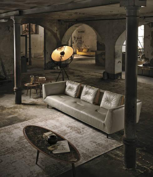 Cesta - Divano: Soggiorno in stile in stile Moderno di Cappelletti Architetti