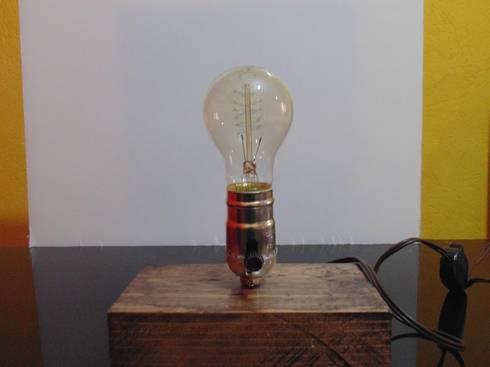 lmpara de diseo en madera con foco vintage comedor de estilo por iluxion