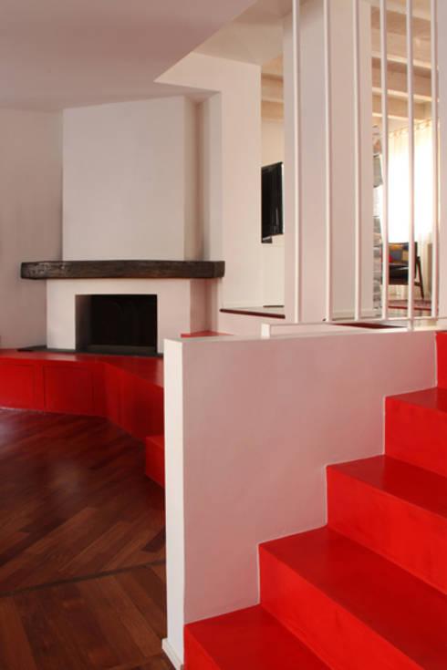 Unire due appartamenti su livelli diversi in una casa a for Aggiunte a casa su due livelli