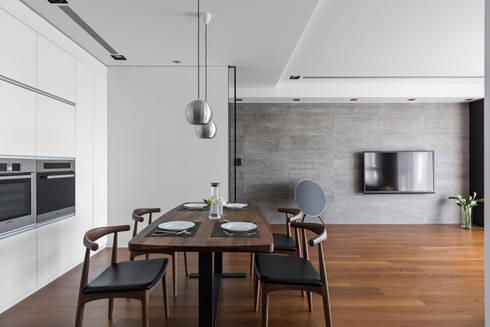 用餐的規劃設計:  廚房 by 一水一木設計工作室