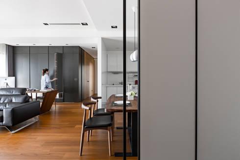 客餐廳:  廚房 by 一水一木設計工作室