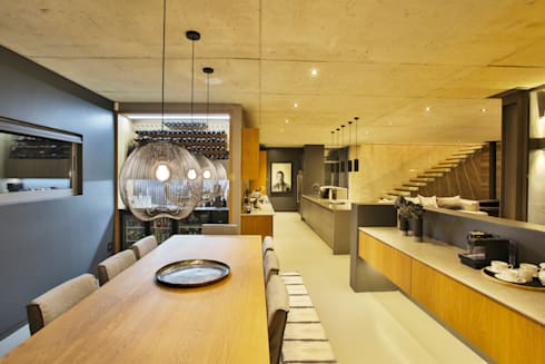 Dining Room: modern Dining room by Blunt Architects