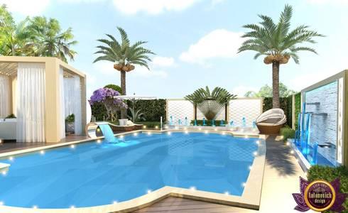 Landscaping in Dubai of Katrina Antonovich: mediterranean Houses by Luxury Antonovich Design