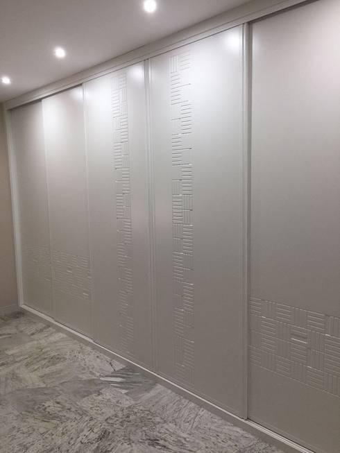Frente de armario con puertas lacadas correderas - Frente armario corredera ...