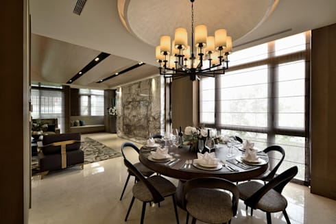 A cozy villa that enables you to escape life's hustle!:  餐廳 by POSAMO十邑設計