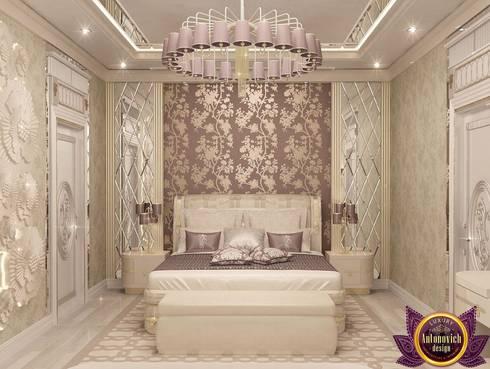   Stylish interiors bedrooms from Katrina Antonovich: eclectic Bedroom by Luxury Antonovich Design