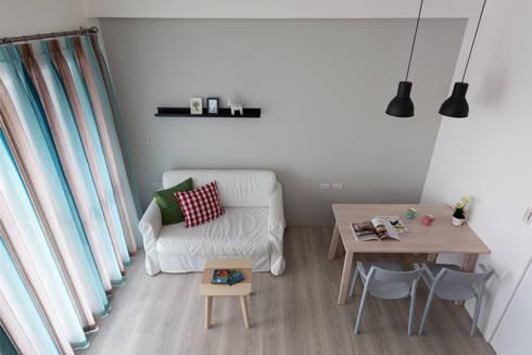 1+1複層趣:  客廳 by 倍果設計有限公司