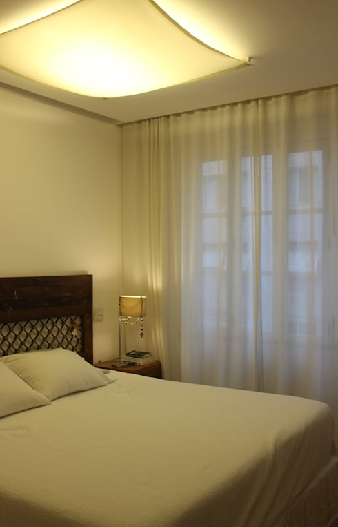 Dormitorios de estilo  por daniela kuhn arquitetura
