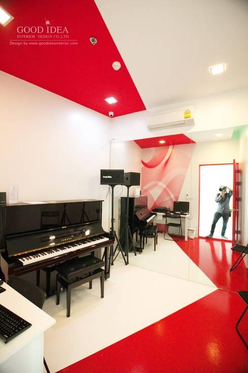 ตกแต่งภายใน โรงเรียนสอนเต้น:   by GOOD IDEA INTERIOR CO.,LTD.