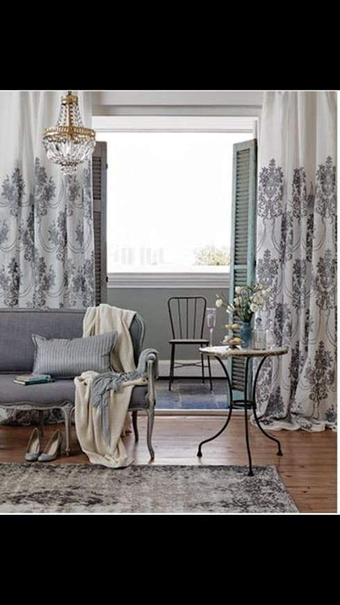 All styles of Curtains and Blinds: classic Dressing room by Instyle Decorators