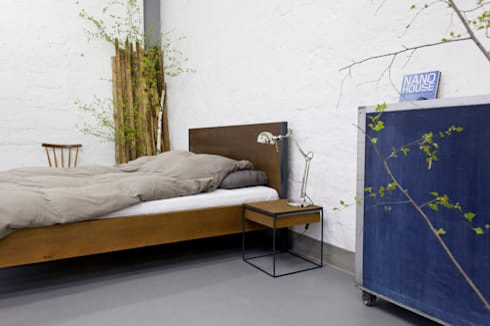 loft vintage industrial bett massivholz und stahl von n51e12 design manufacture homify. Black Bedroom Furniture Sets. Home Design Ideas