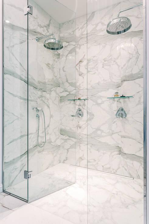 Projekty,  Łazienka zaprojektowane przez NOMADE ARCHITETTURA E INTERIOR DESIGN