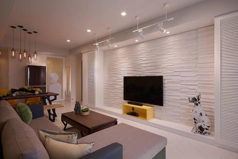 客廳與文化石電視牆:  客廳 by 趙玲室內設計